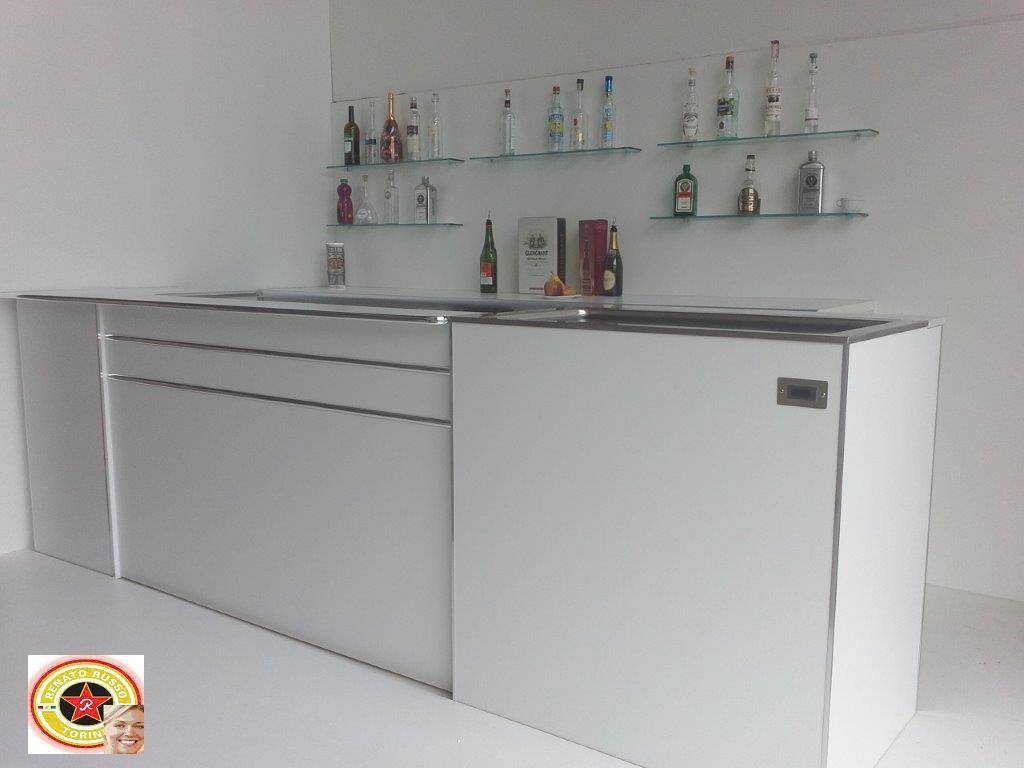 Cassetti battifiltro banchi bar top in acciaio inox for Banchi bar e arredamenti completi